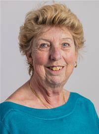 Councillor Linda Potts